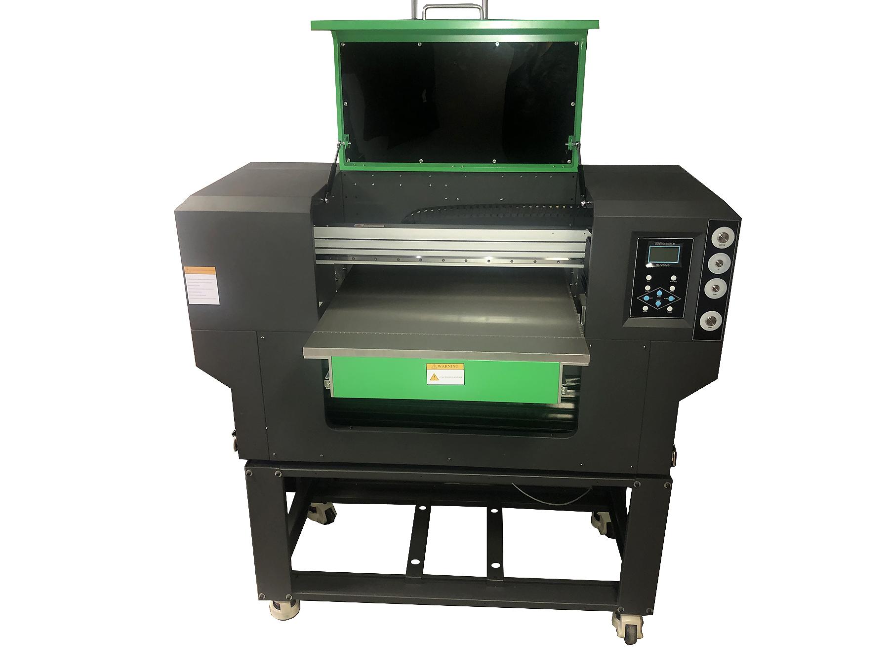 Flachbett UV Drucker von vorne geöffnet